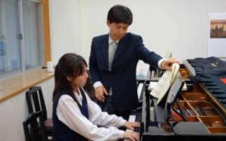 東誠三先生のレッスン