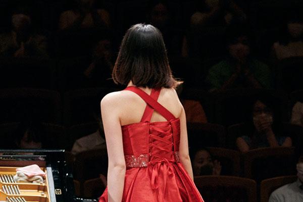 ファイナルのドレス